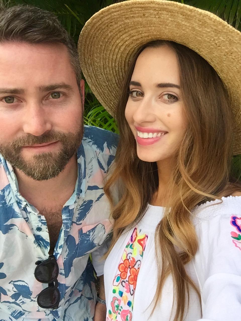 Mara and Matthew in Maui on babymoon