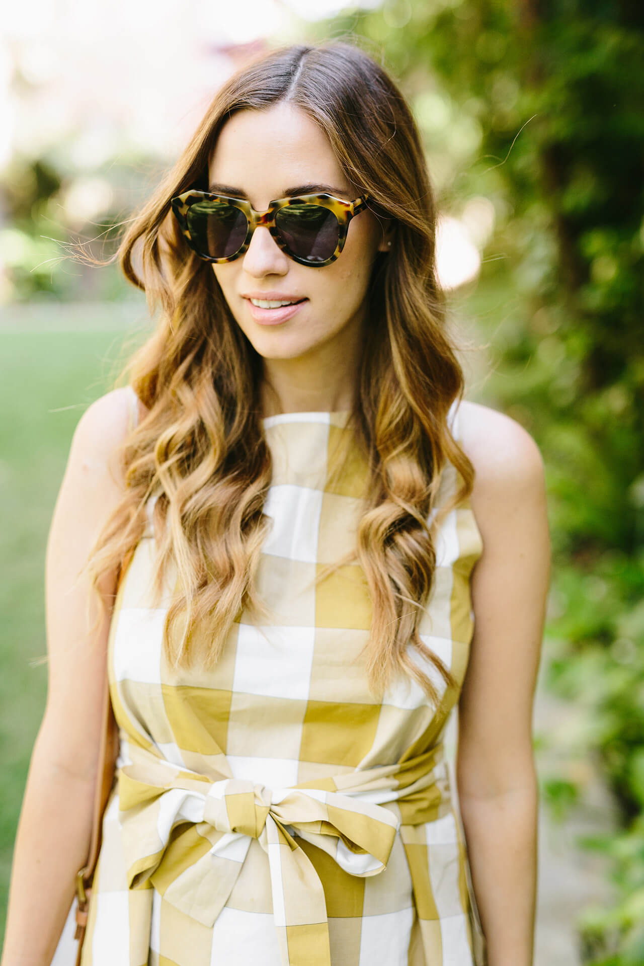 tortoise sunglasses with yellow gingham top