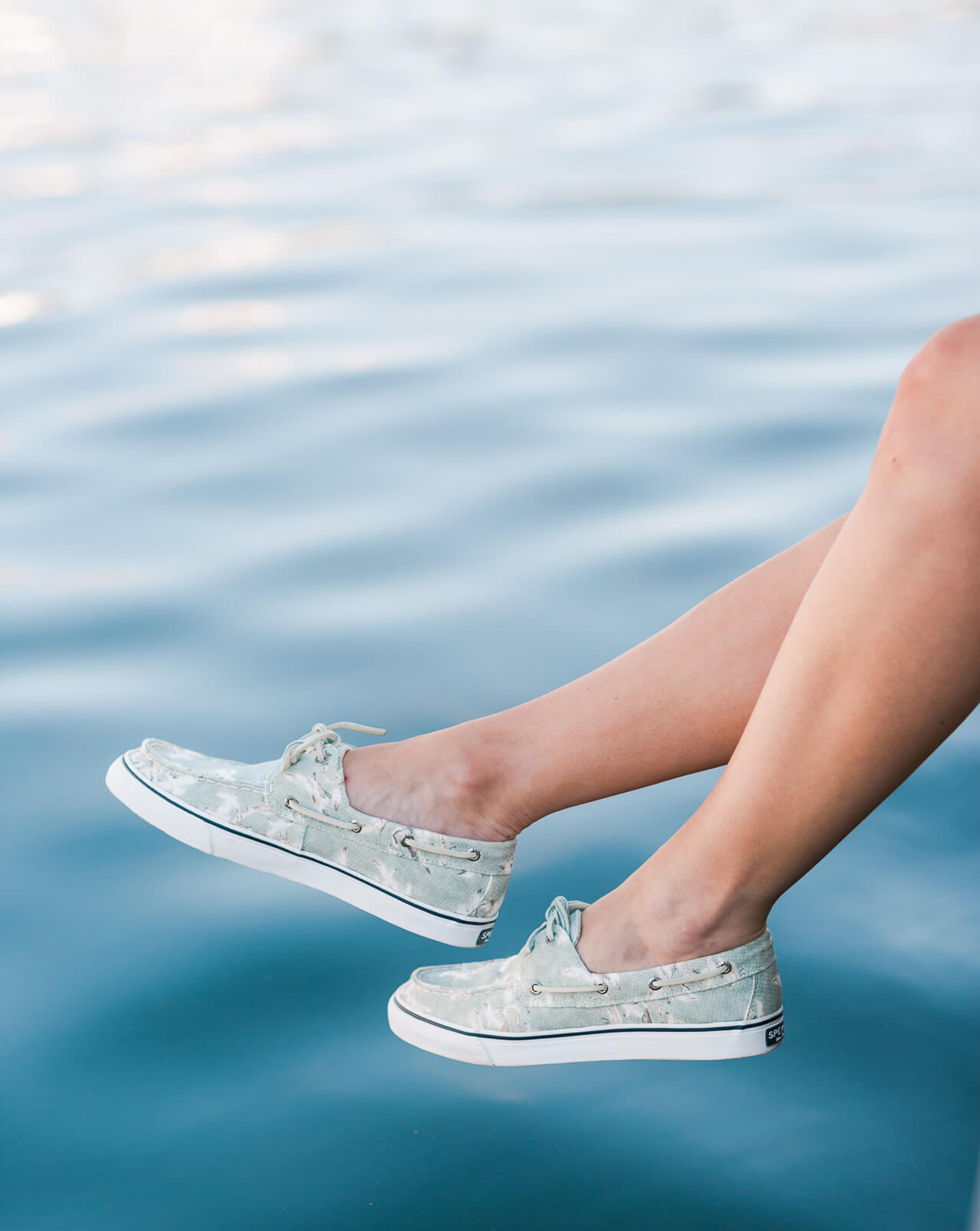 the cutest summer sperry's that have seagulls on them!