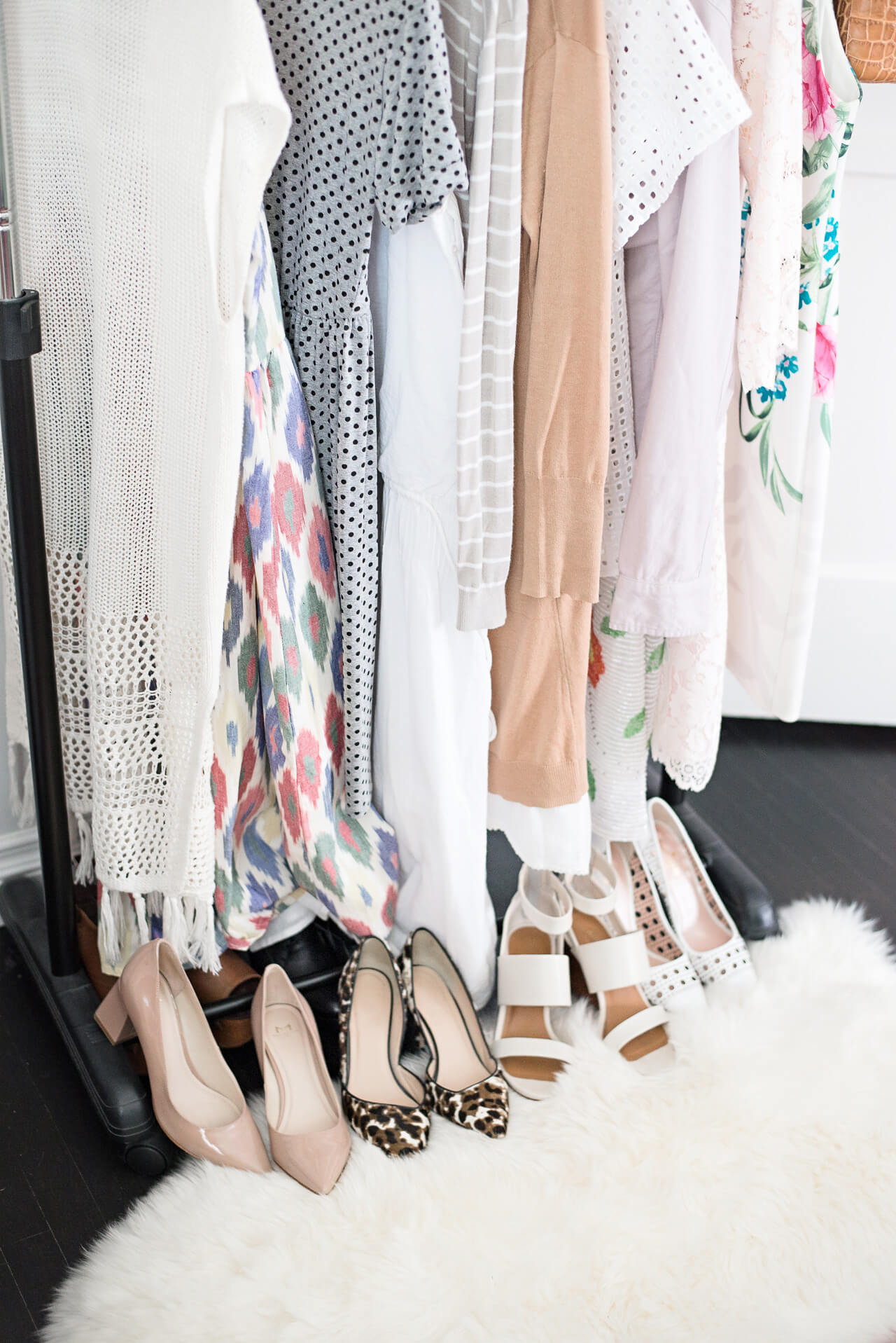 clothing_rack_with_shoes