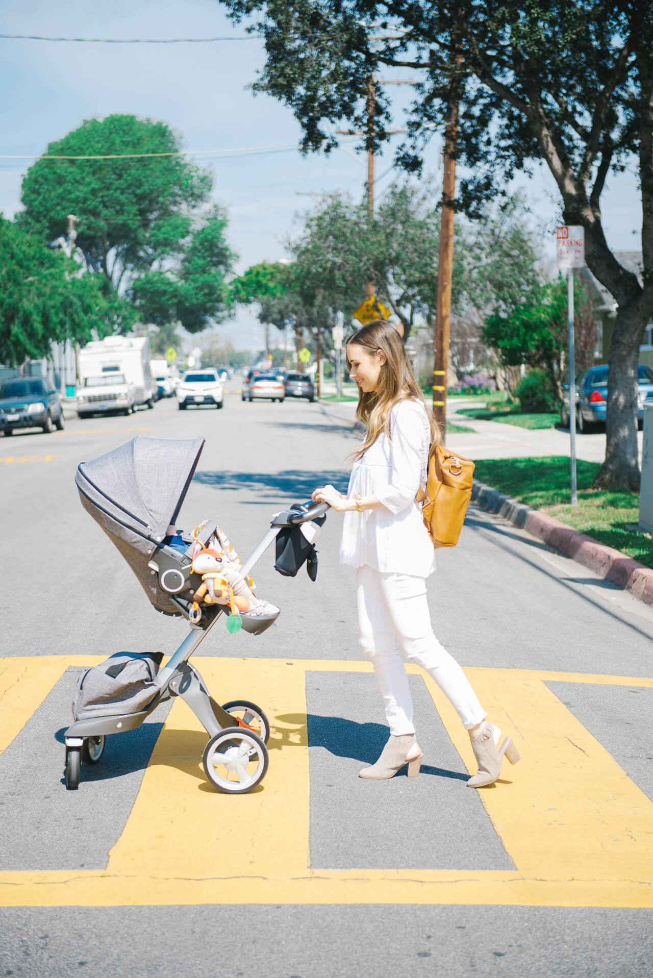 walking with baby in the stokke xplory