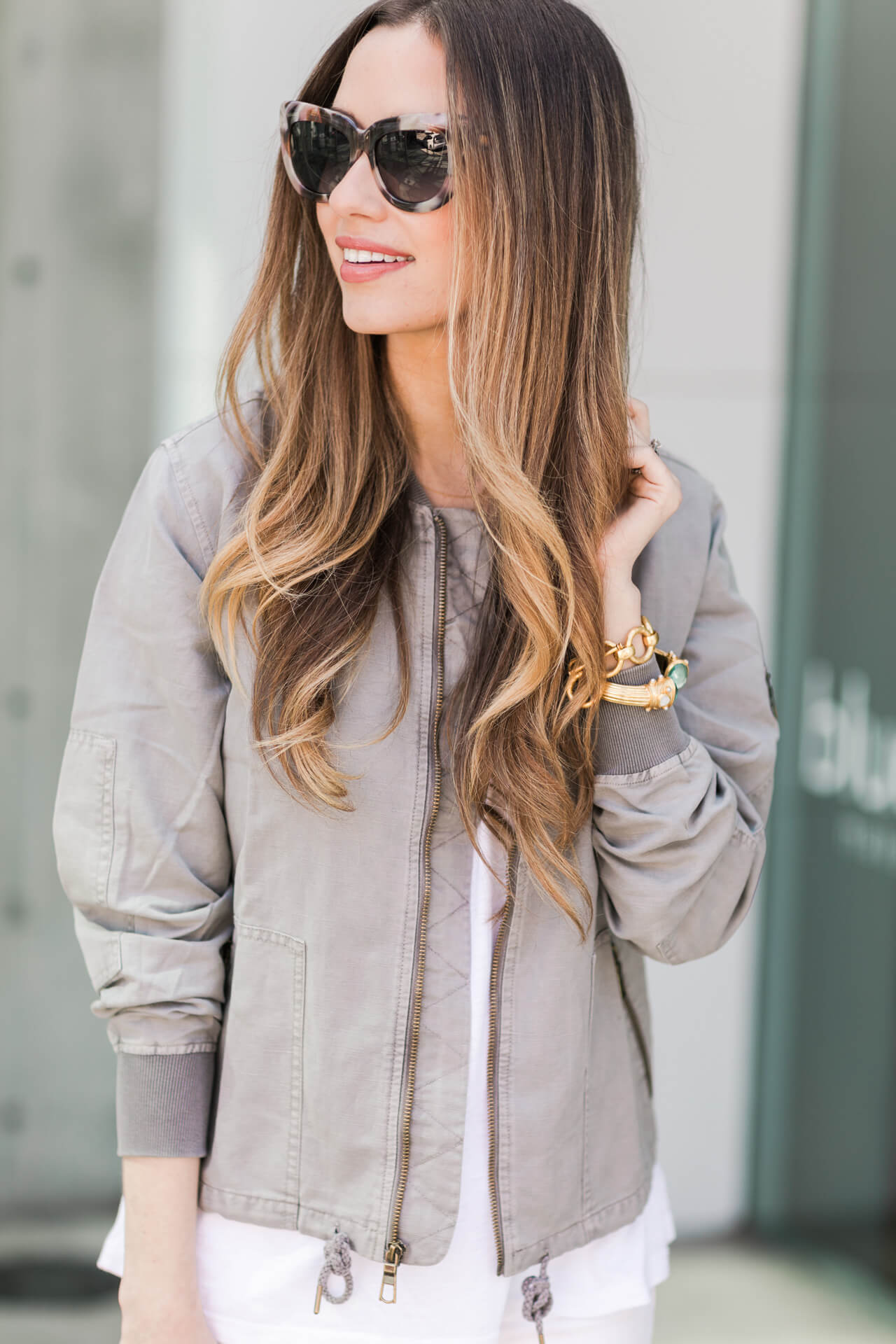 love this gray bomber paired with the white top