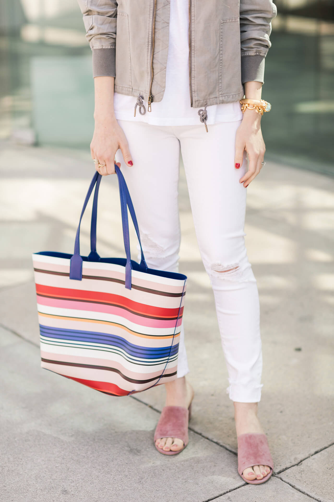 white jeans with pink suede mule sandals