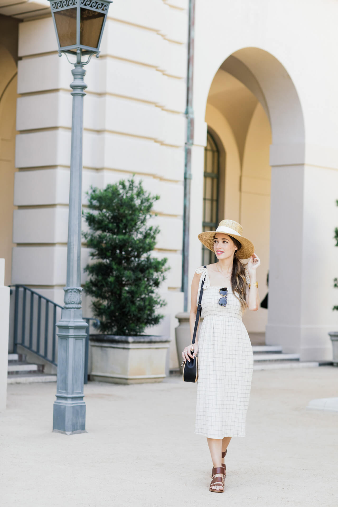 Walking around downtown with a dress that travels well- Los Angeles Blogger M Loves M @marmar