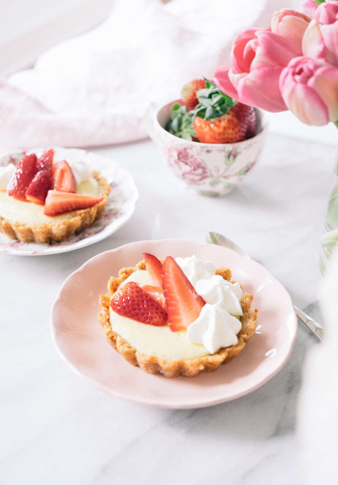 mini key lime tart recipe - so delicious and perfect for mother's day!