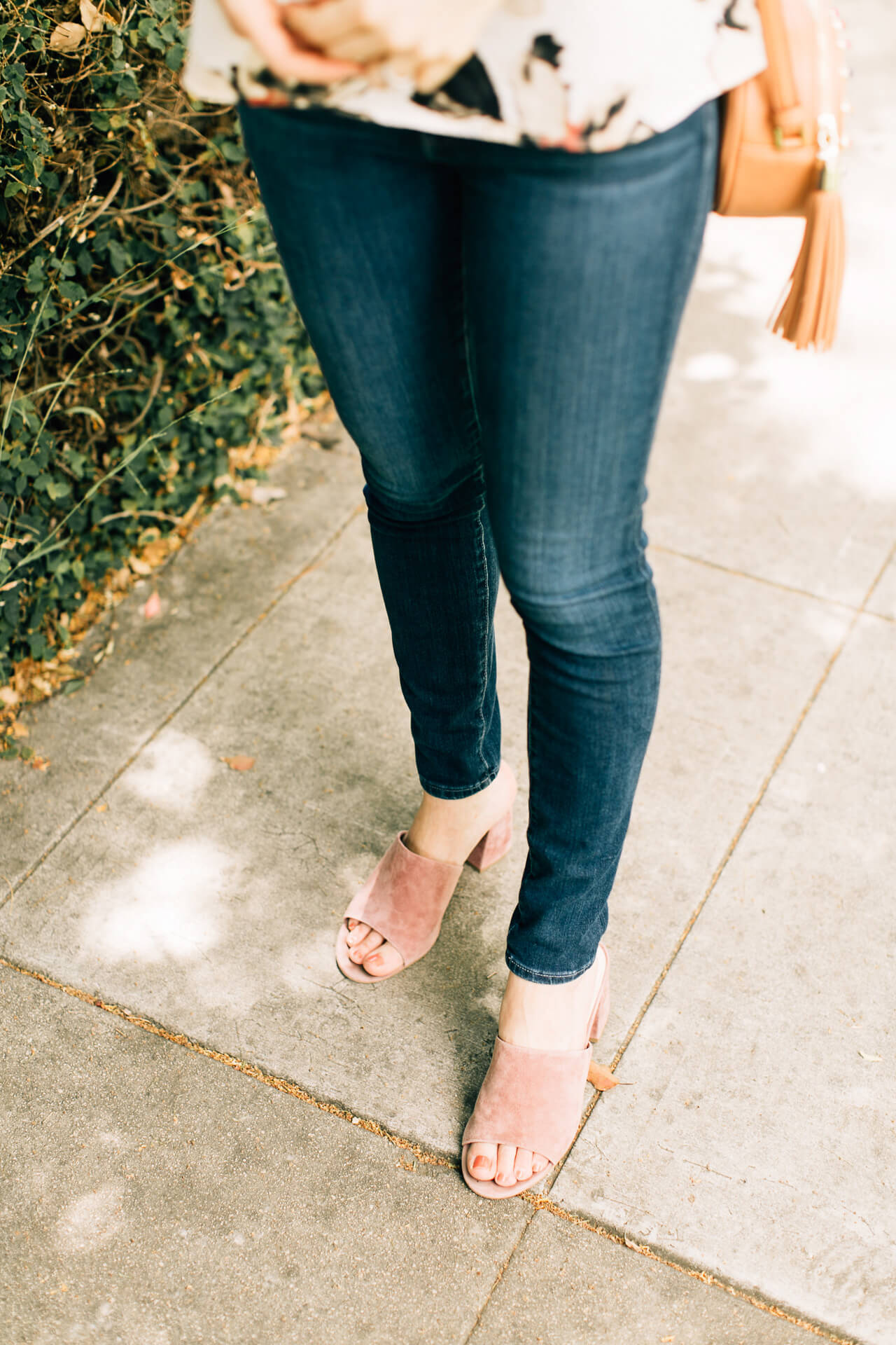 the shoe of the moment: suede mules! Love this pair with skinny jeans