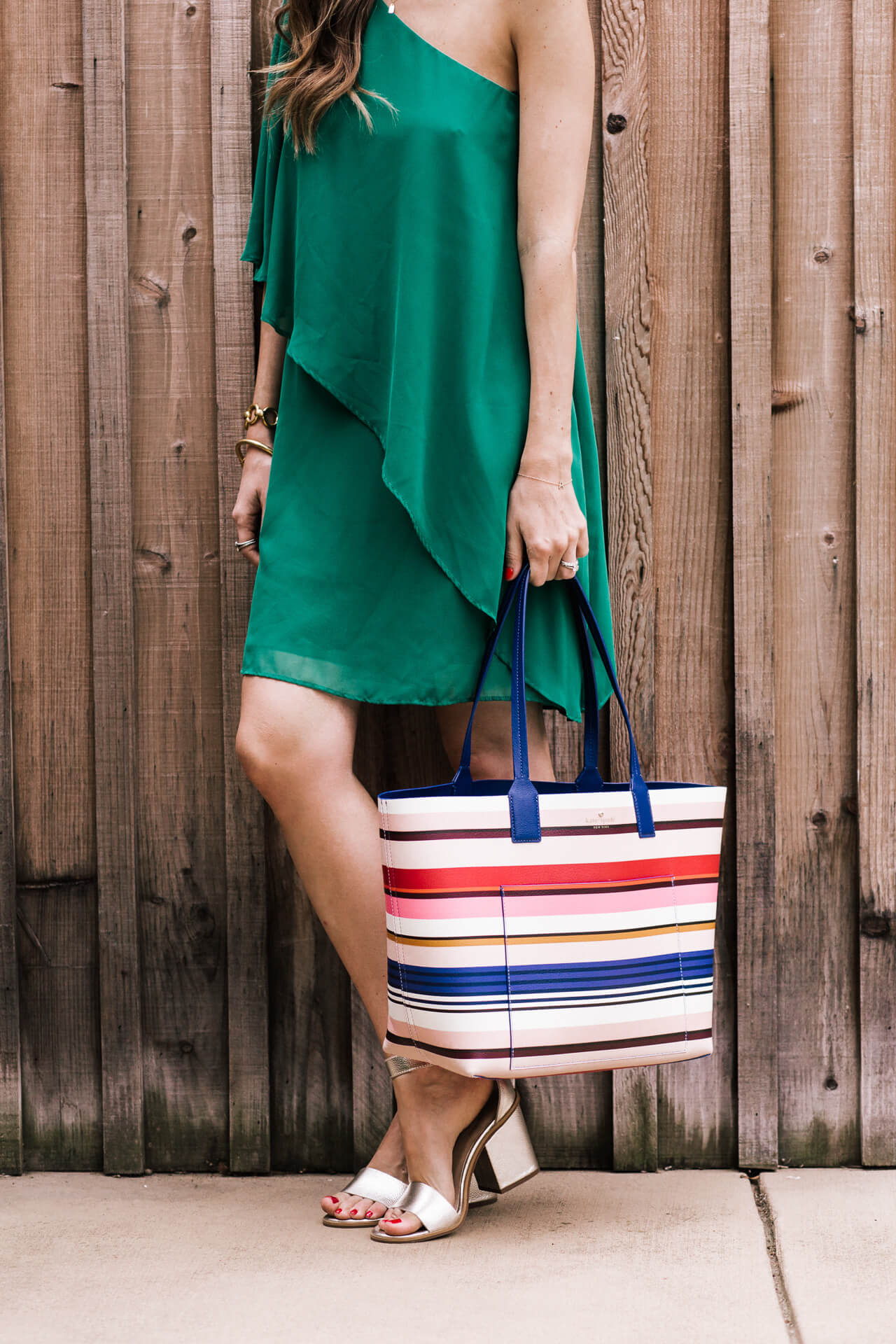 love this striped tote bag for summer