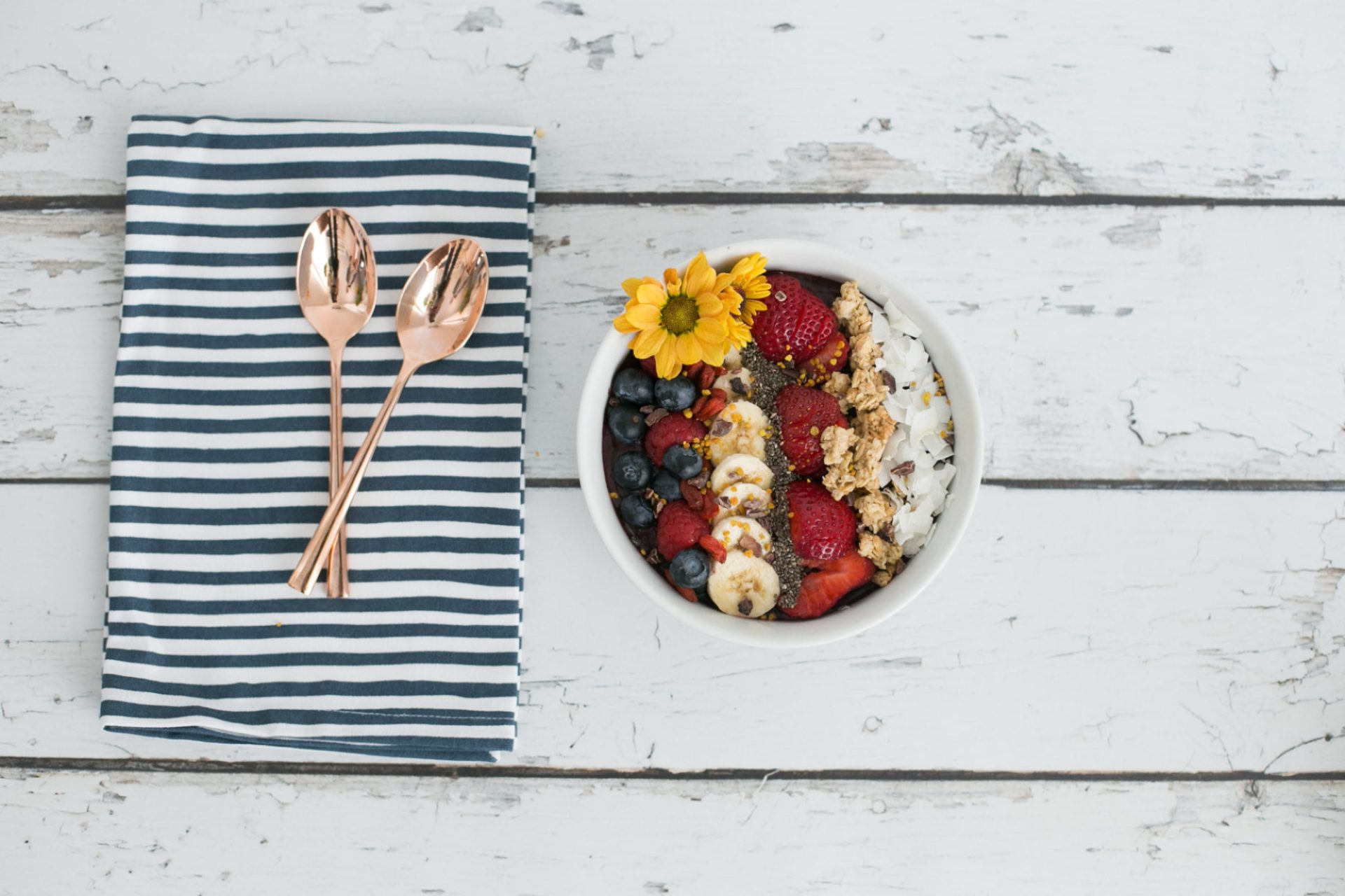 the perfect diy acai bowl from home - M Loves M @marmar