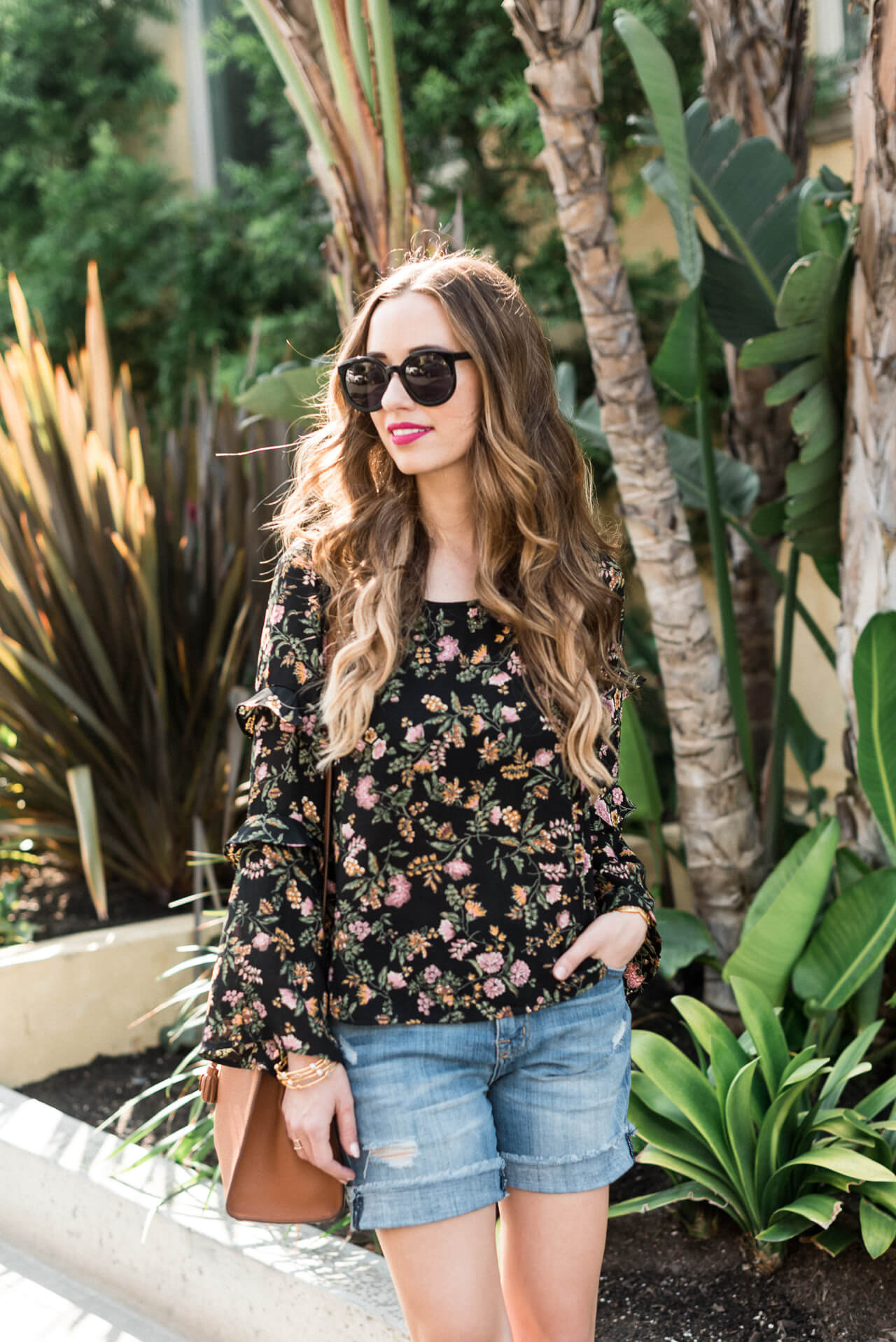 casual summer to fall outfit inspiration - M Loves M @marmar