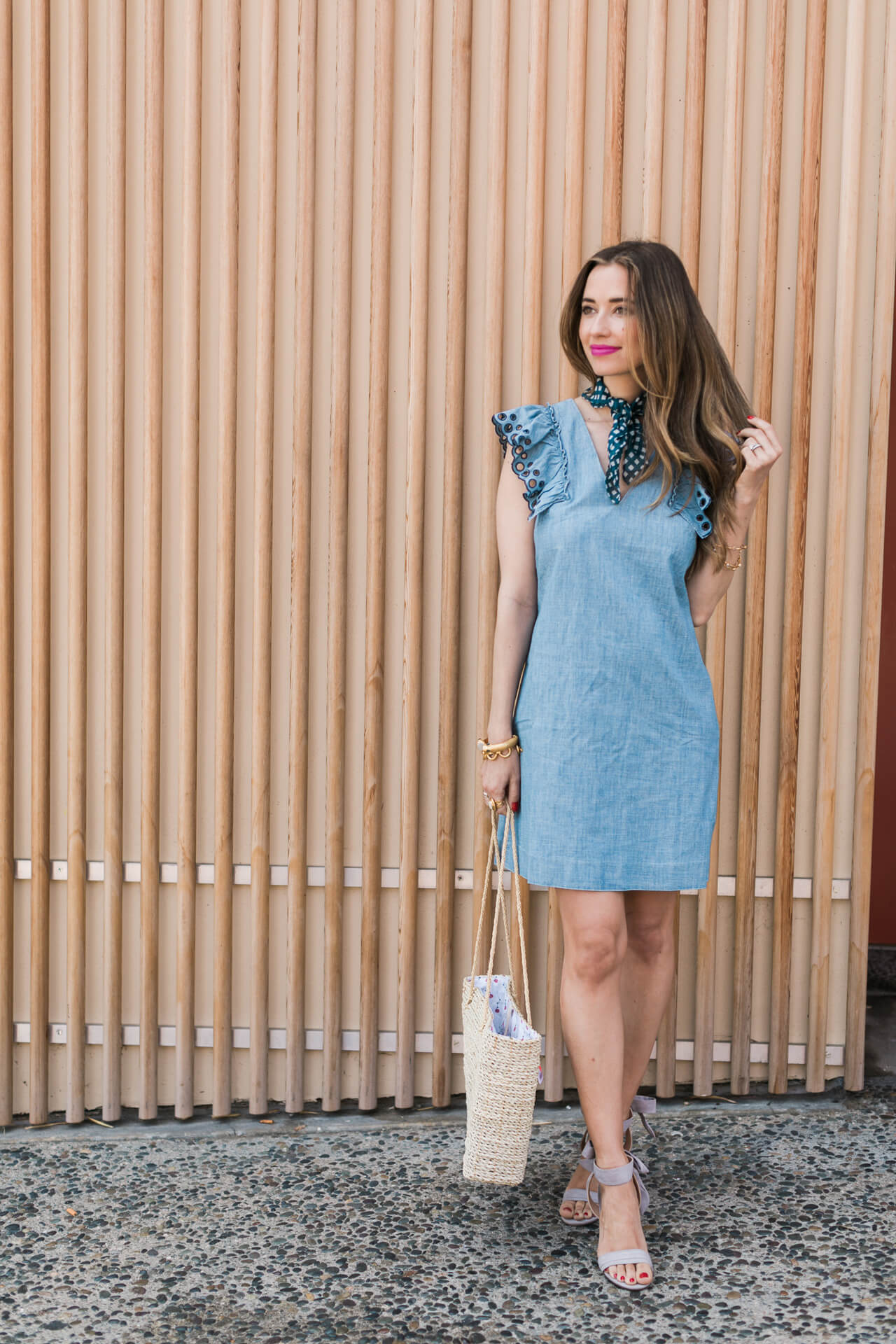 this chambray dress now up on MLovesM.com