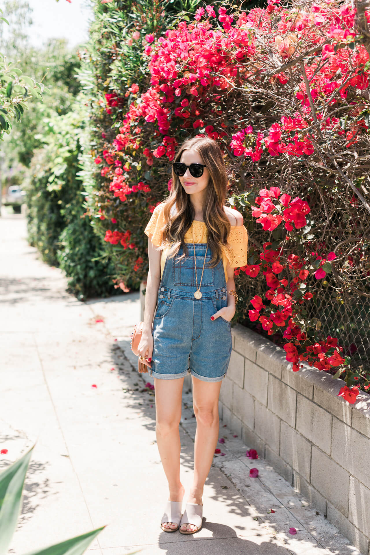 a fun summer overall outfit to throw together on a hot summer day - M Loves M @marmar