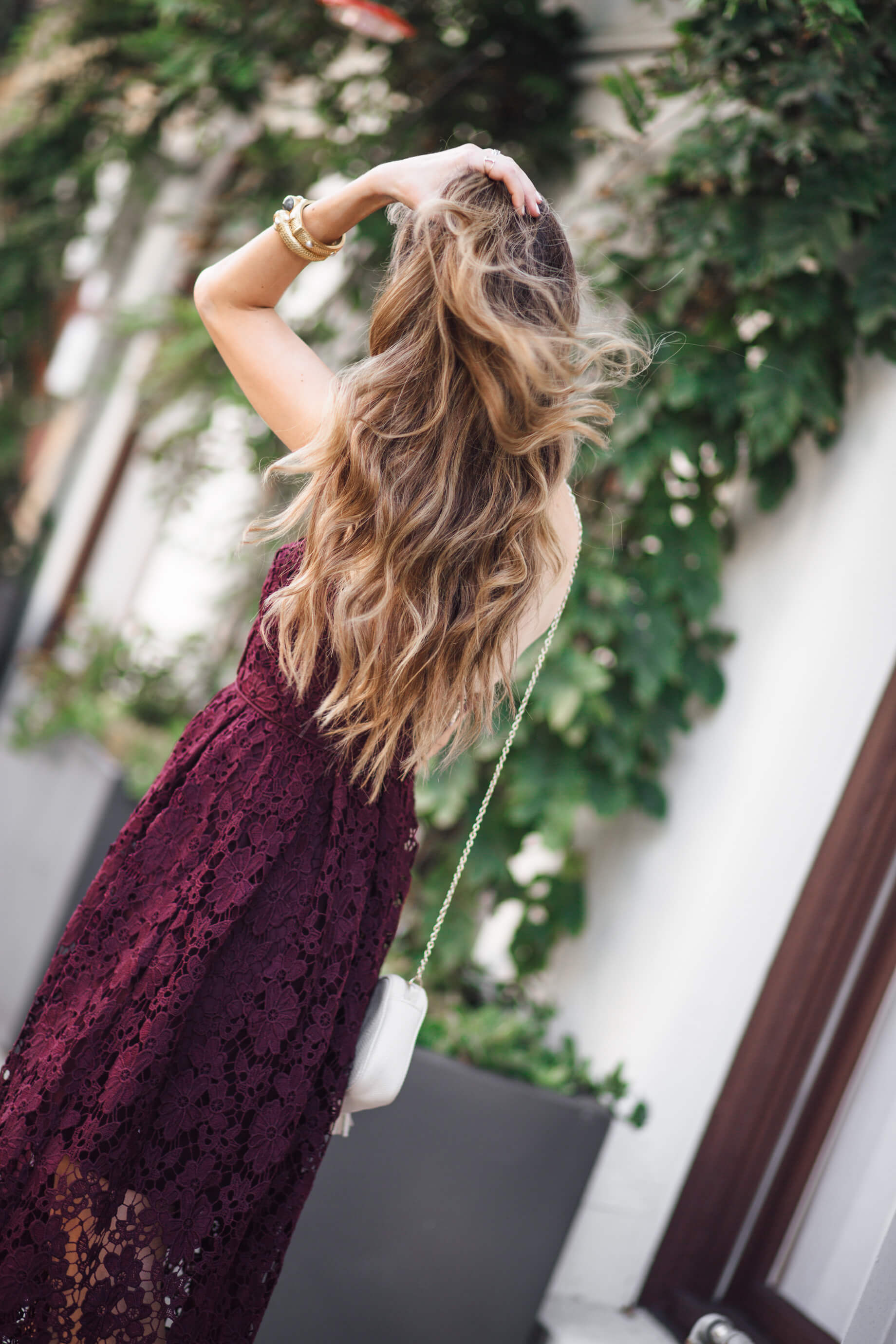 I adore how effortlessly wavy this hairstyle is | M Loves M - @marmar