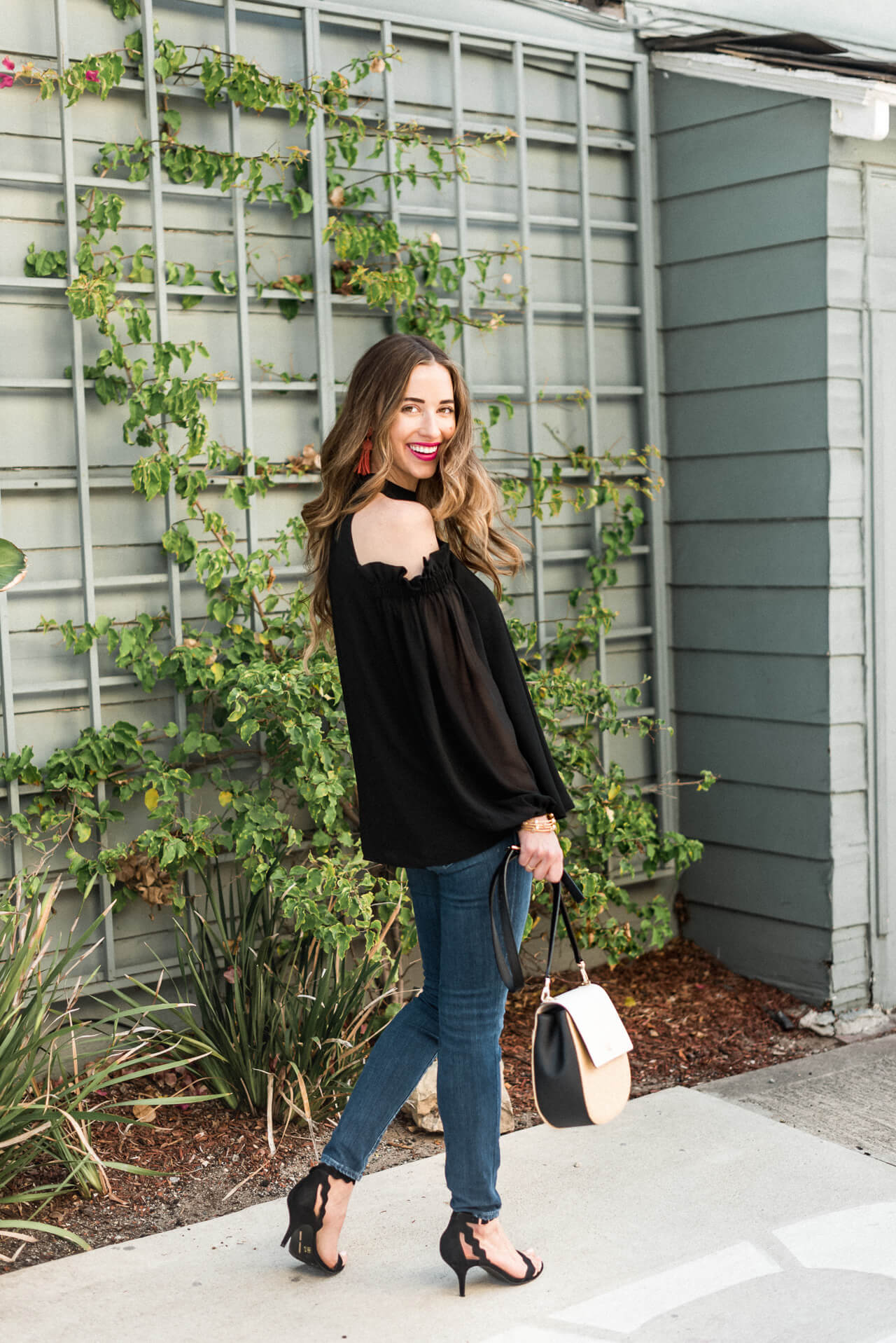 how fun is this cold-shouldered top for date night