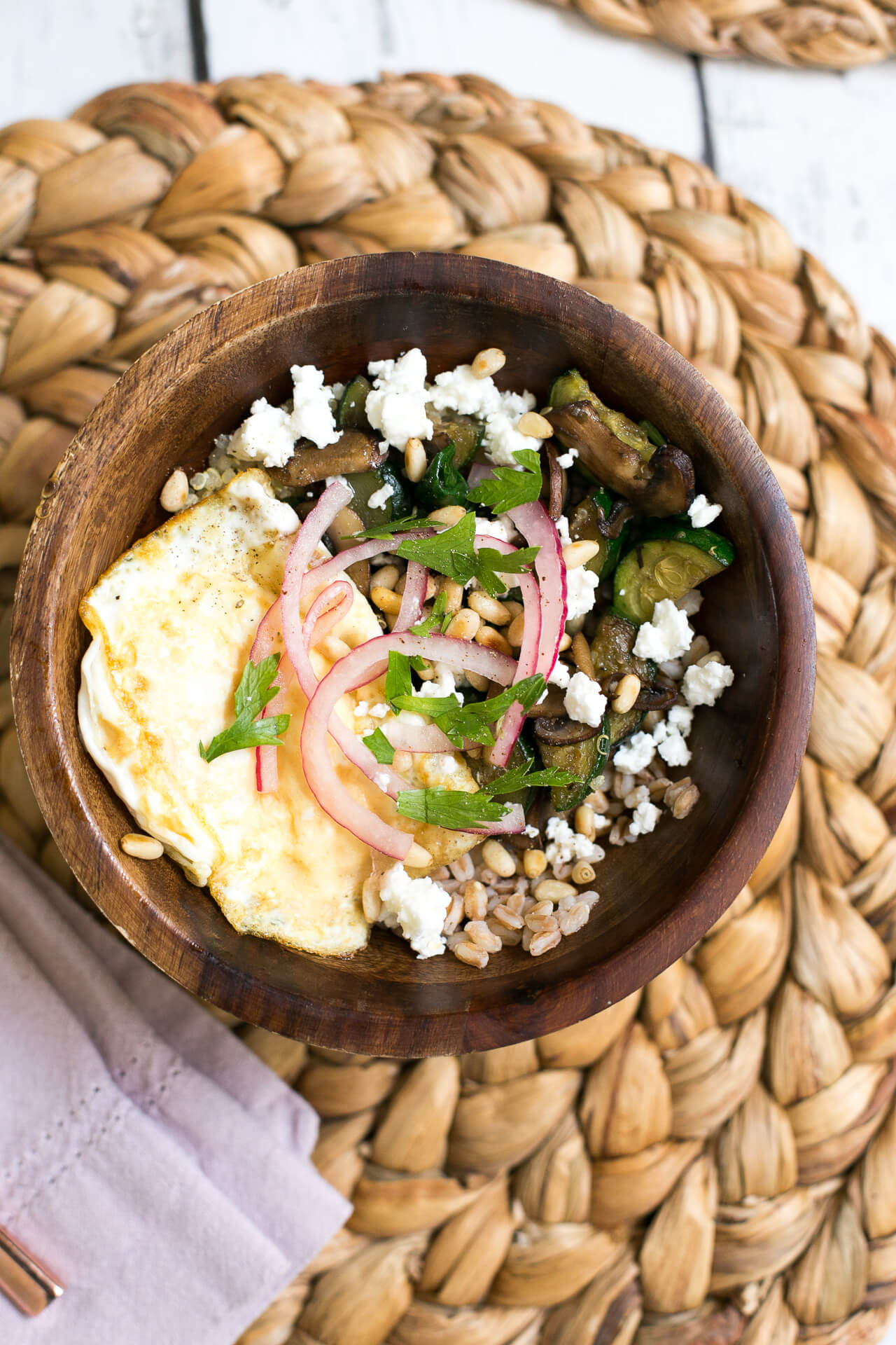 a healthy mushroom grain bowl - M Loves M @marmar