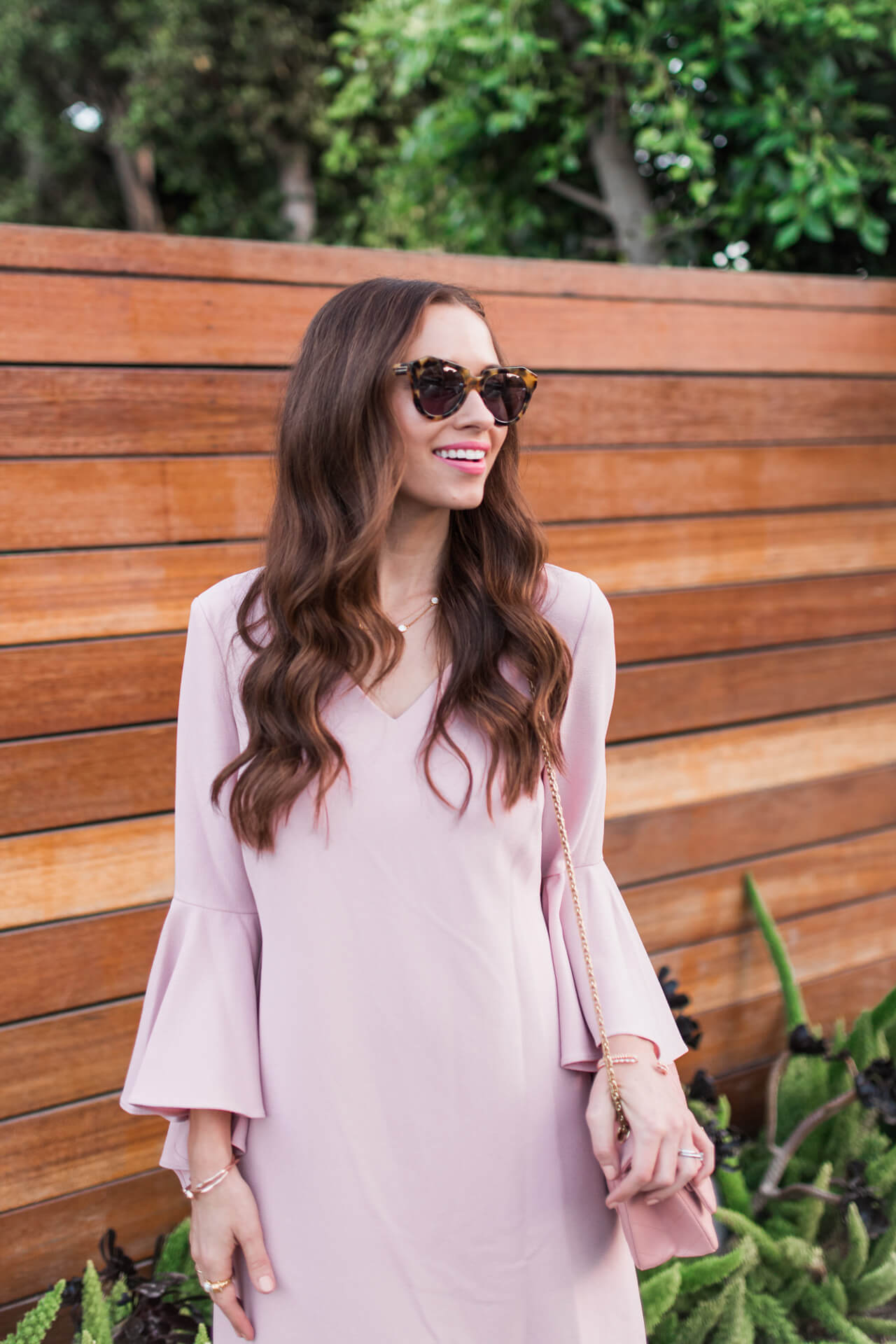 tortoise sunglasses with blush pink dress