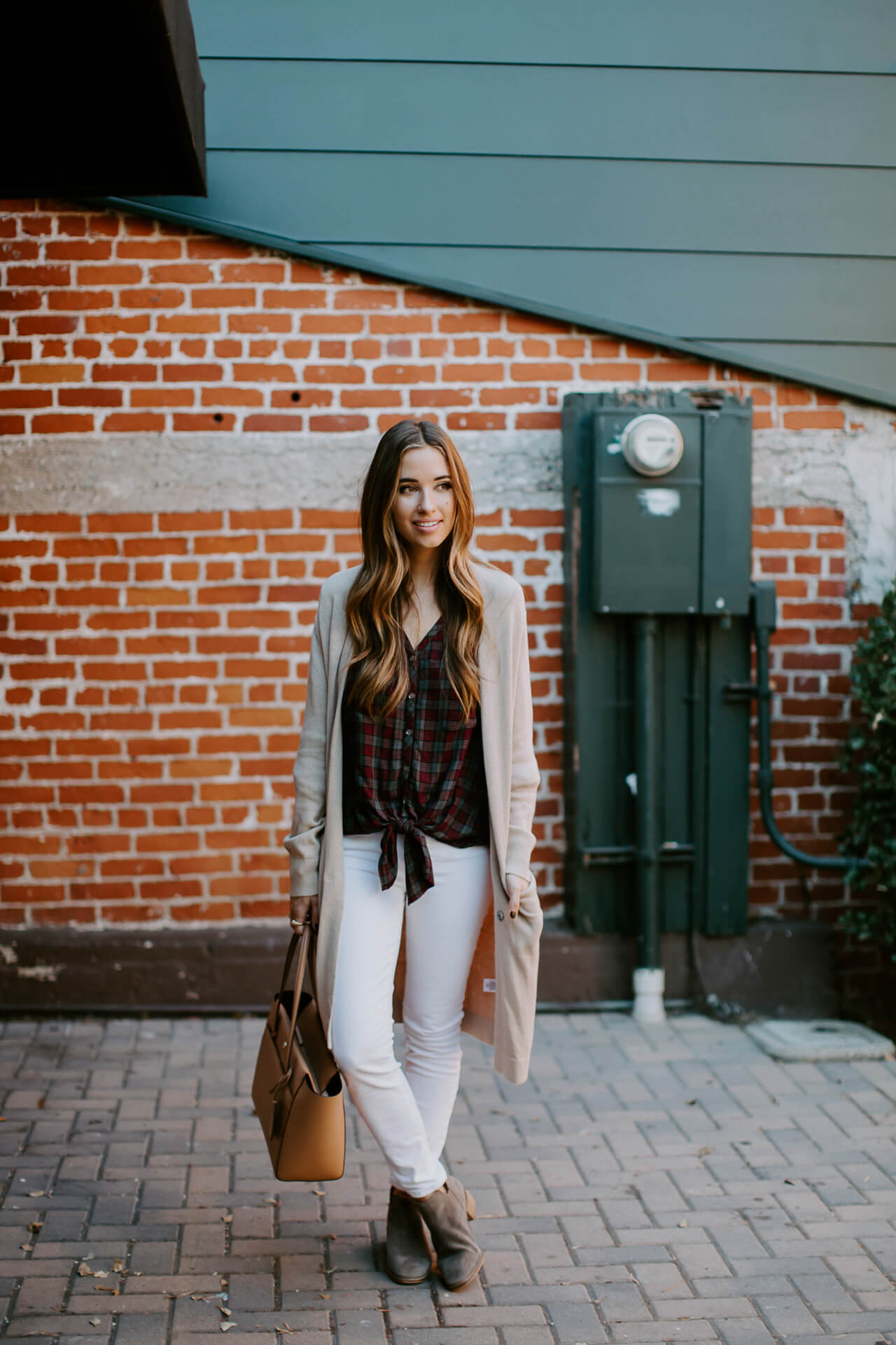 how to wear white jeans in the fall - M Loves M