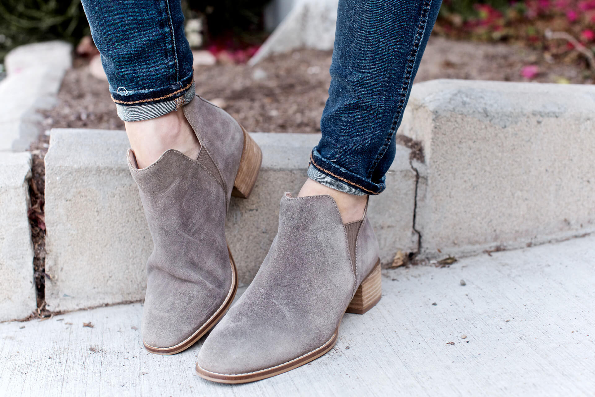 the perfect fall booties with jeans