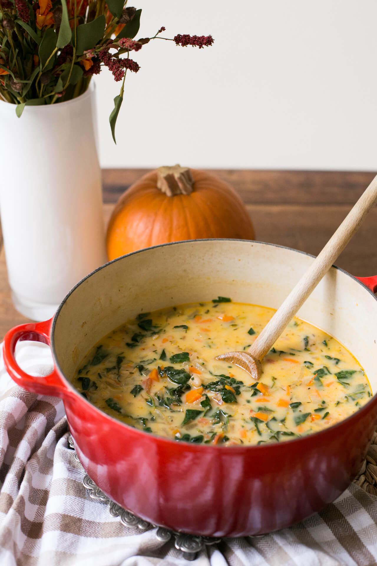 a white bean and kale soup recipe - M Loves M @marmar