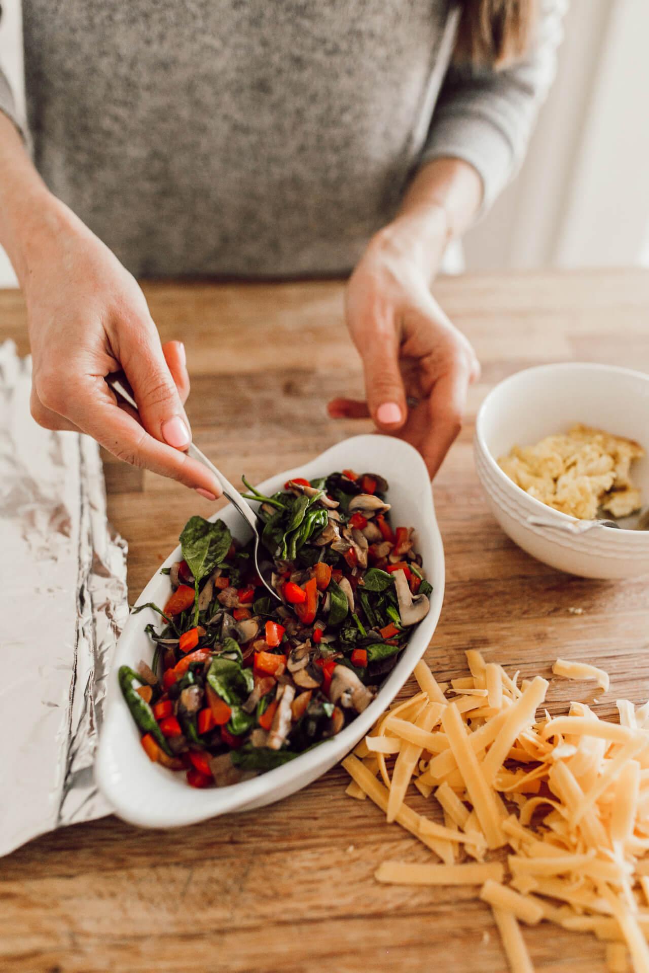how to make healthy breakfast burritos - M Loves M @marmar