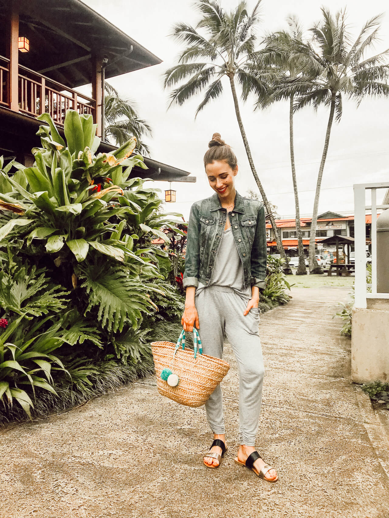 casual outfit for Kauai that still worked when it started to rain