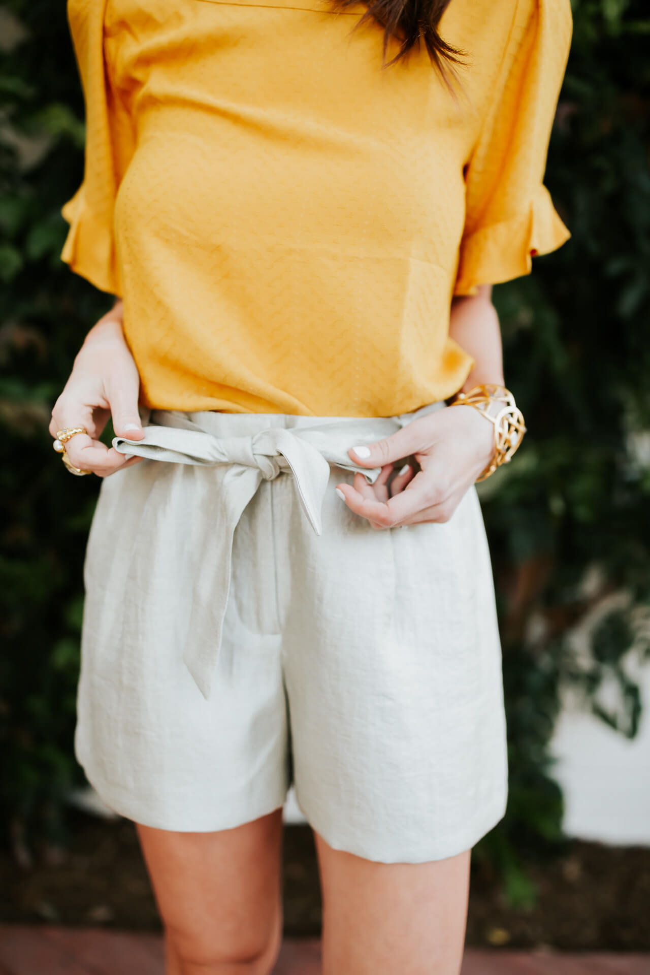 cute way to wear shorts for the office in spring and summer - M Loves M @marmar