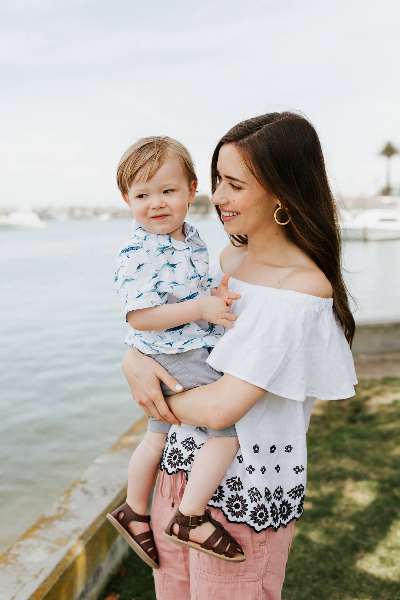 I found the cutest summer outfits for me and baby at Old Navy! | M Loves M @marmar