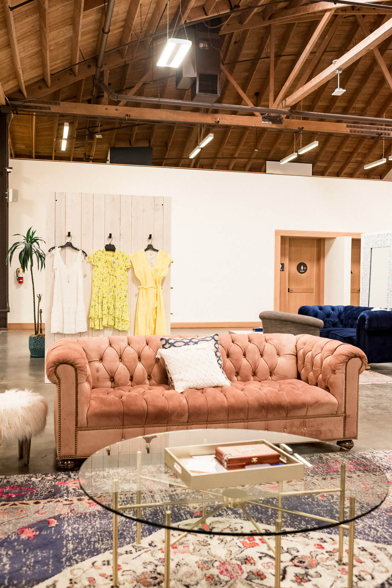 Trunk Club's LA warehouse is gorgeous! I love shopping here!   M Loves M @marmar