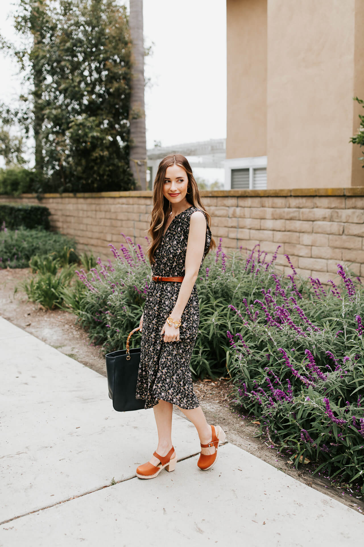 A belted dress is such a flattering style! | M Loves M @marmar