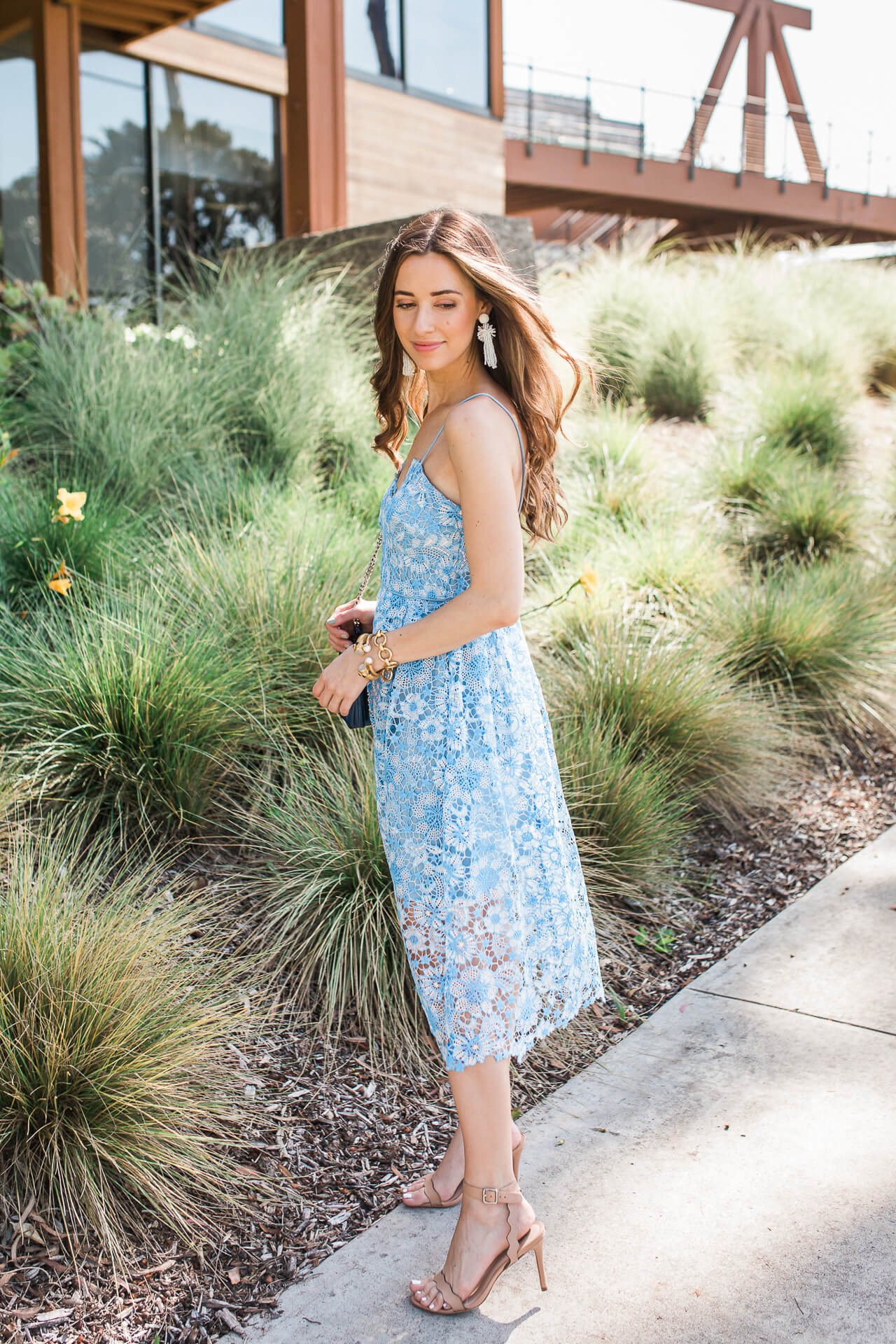 What to wear to a summer wedding? This blue lace dress! | M Loves M @marmar