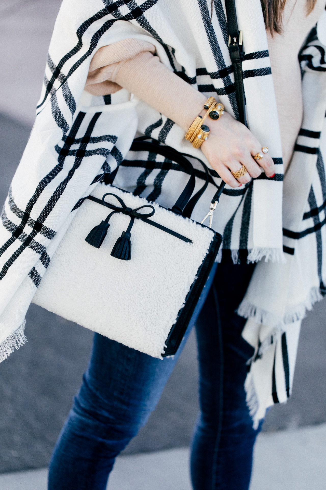The cutest Kate Spade Hayes Street shearling handbag! | M Loves M @marmar