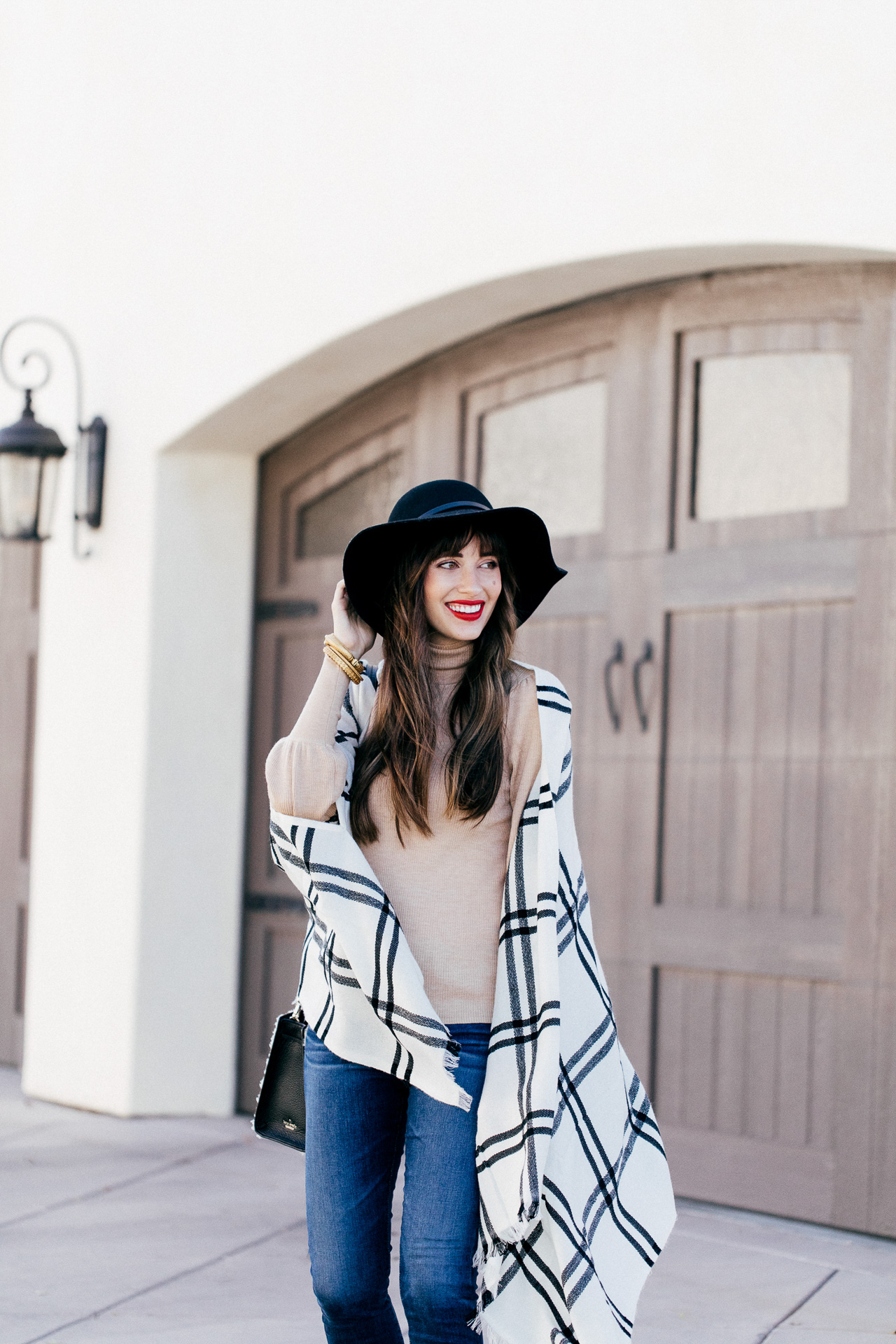33c4723af0d How to Revamp Your Fall Wardrobe with Accessories