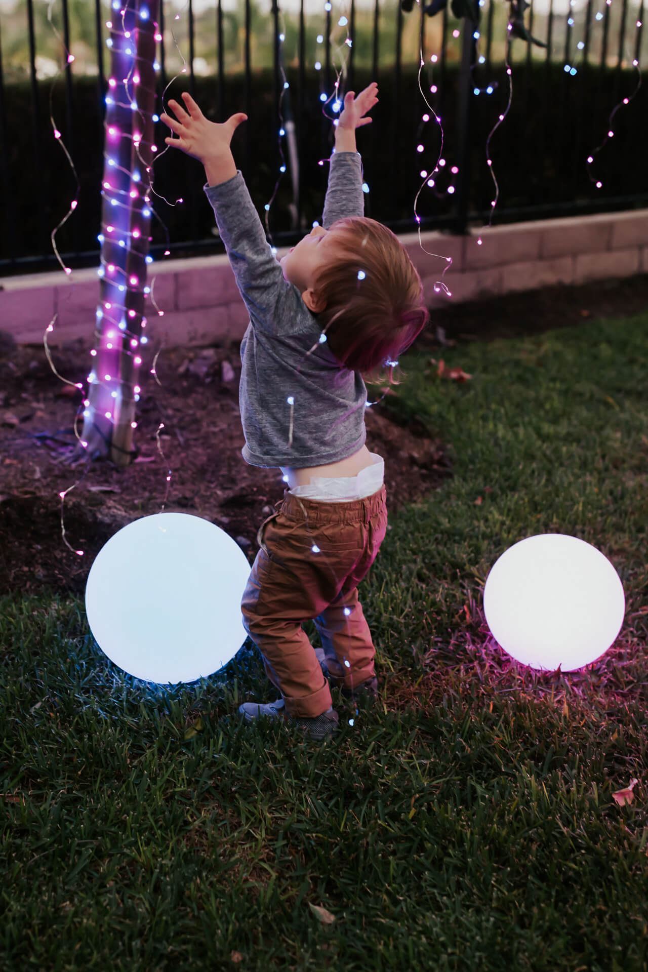 a fun party idea with colorful light-up orbs - M Loves M @marmar