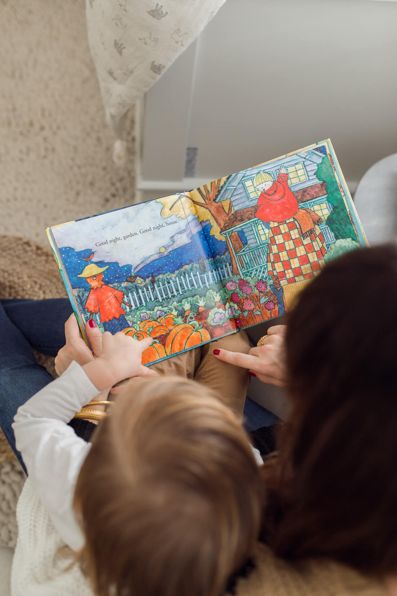 popular book ideas to read with your toddler this fall - M Loves M @marmar
