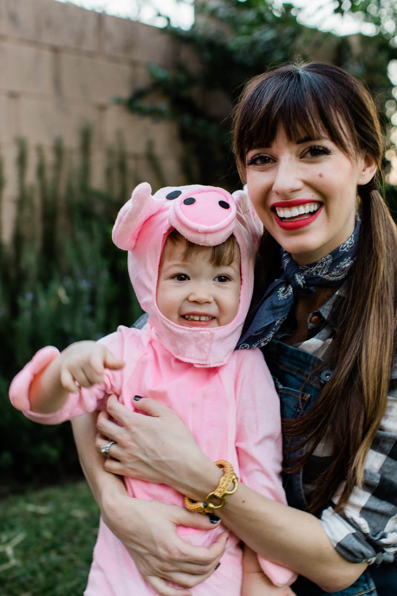 Augustine's toddler pig Halloween costume was so cute! - M Loves M @marmar