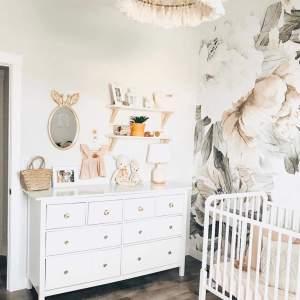 Love this baby girl nursery decor! - M Loves M @marmar