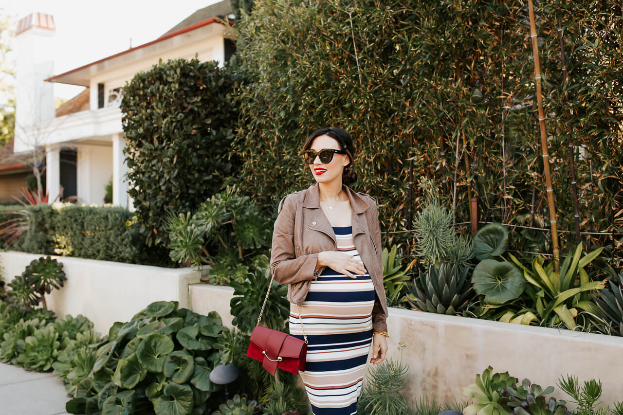 This striped maternity dress is so comfy! - M Loves M @marmar