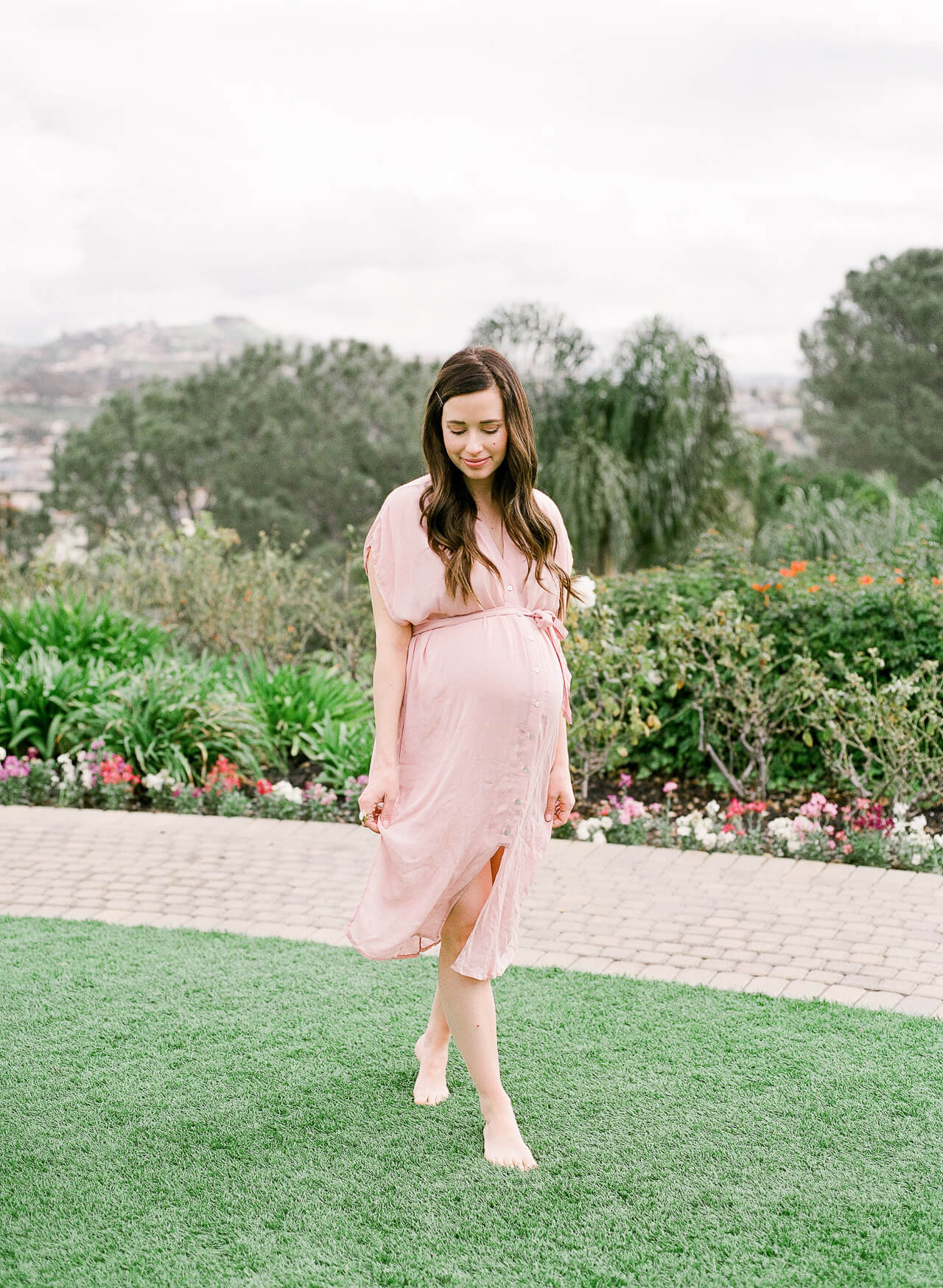 Love this pink maternity wrap dress! - M Loves M @marmar