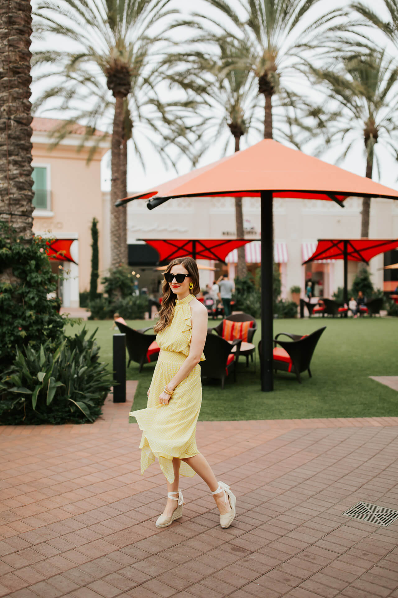 feminine ruffled halter dress- M Loves M @marmar