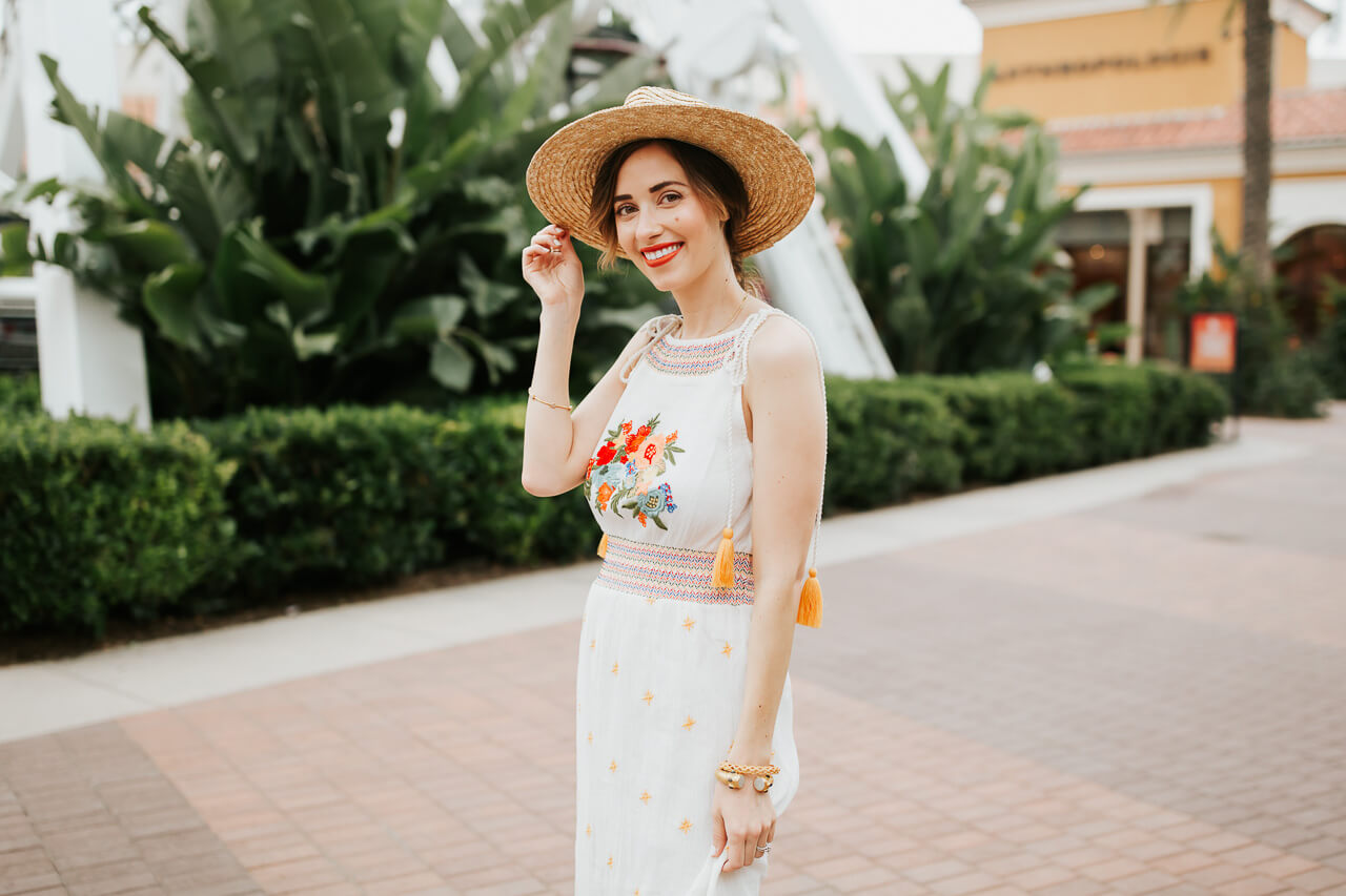 Love this embroidered dress from Farm Rio! - M Loves M @marmar