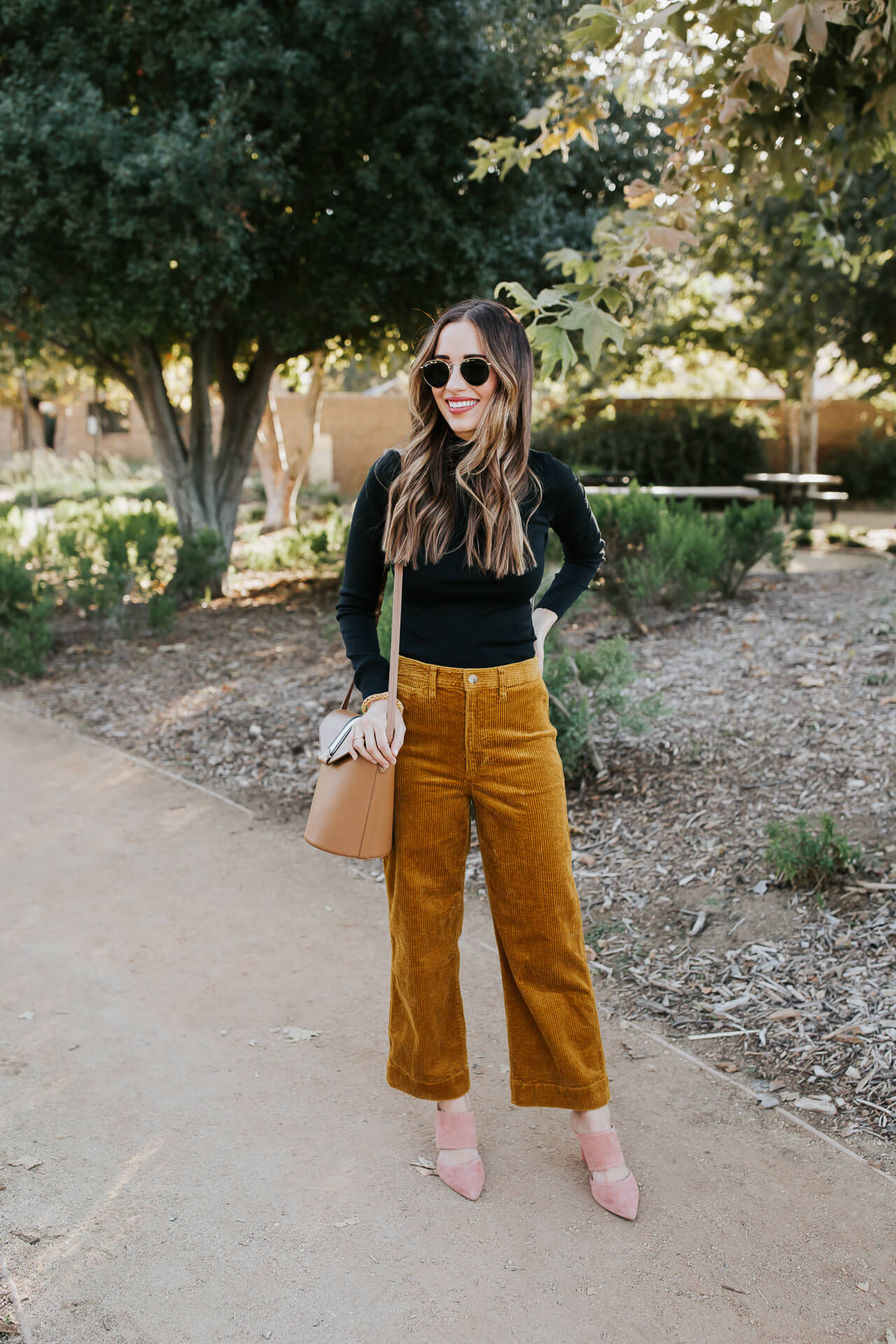 I love these corduroy pants from Madewell! - M Loves M @marmar