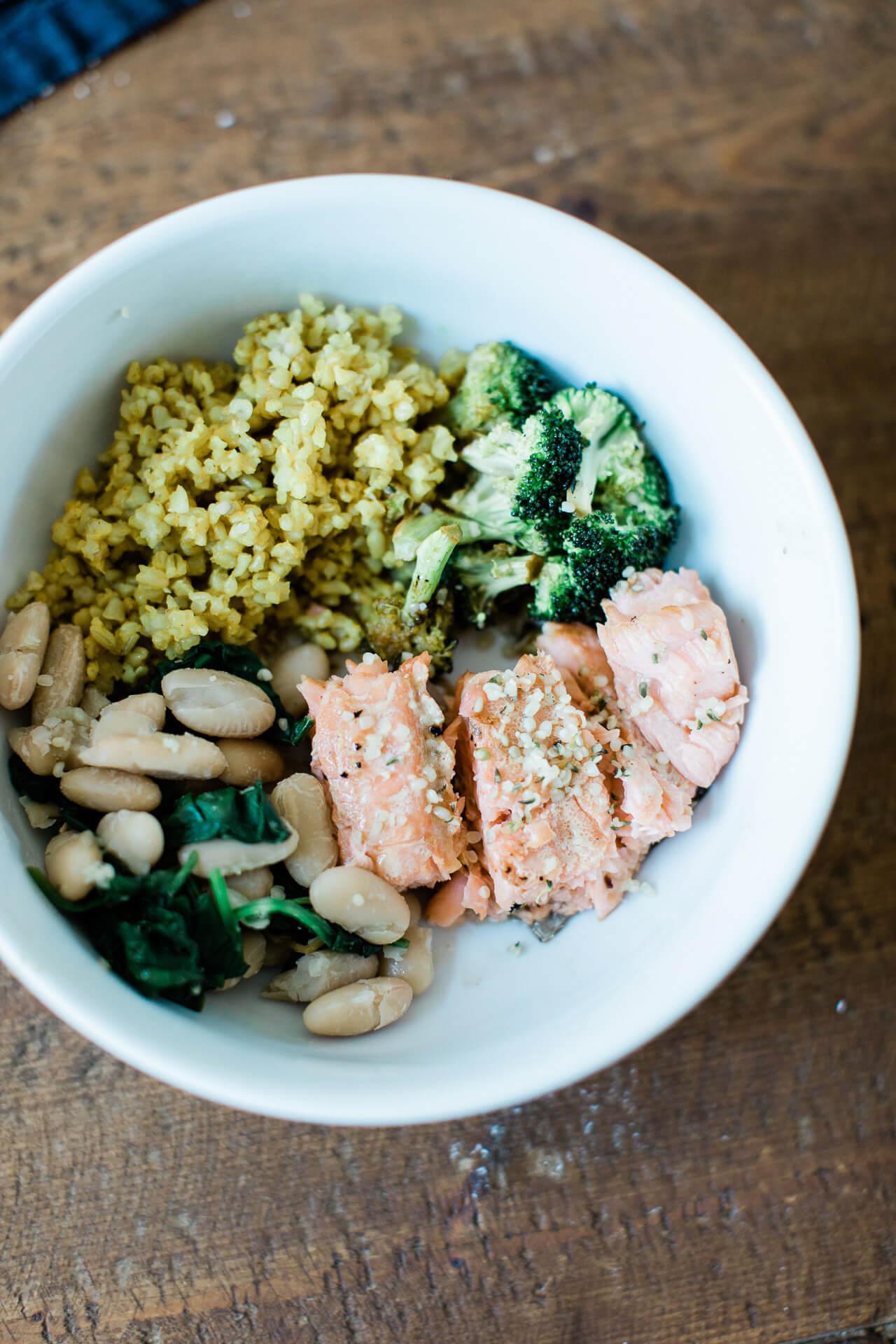 A delicious salmon broccoli bowl! - M Loves M @marmar