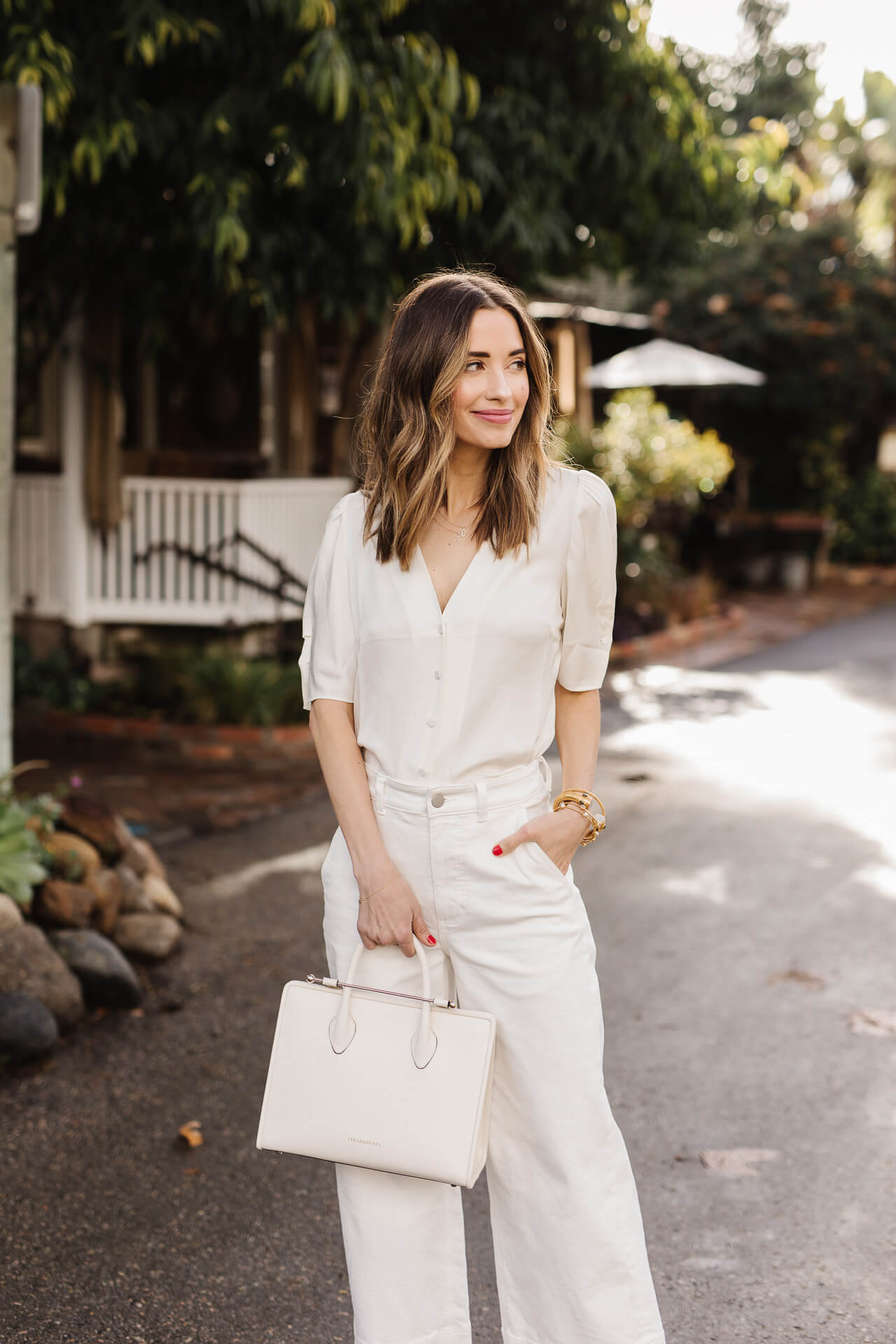 A chic all white outfit! - M Loves M @marmar
