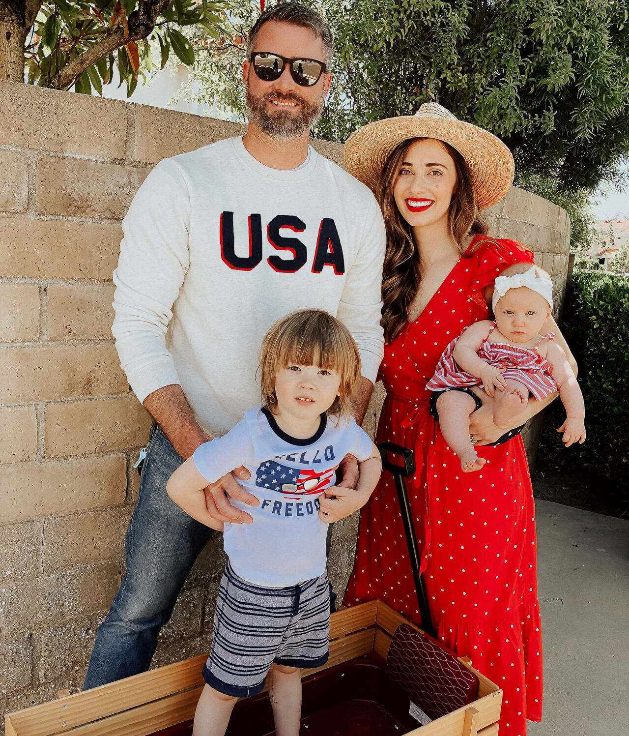I love these 4th of July outfits for kids! - M Loves M @marmar