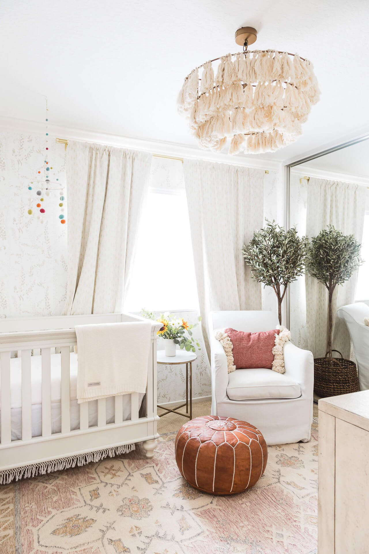 Here's my baby girl nursery decor! - M Loves M @marmar