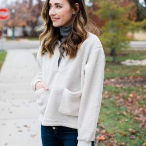cute mom outfit for winter - M Loves M @marmar
