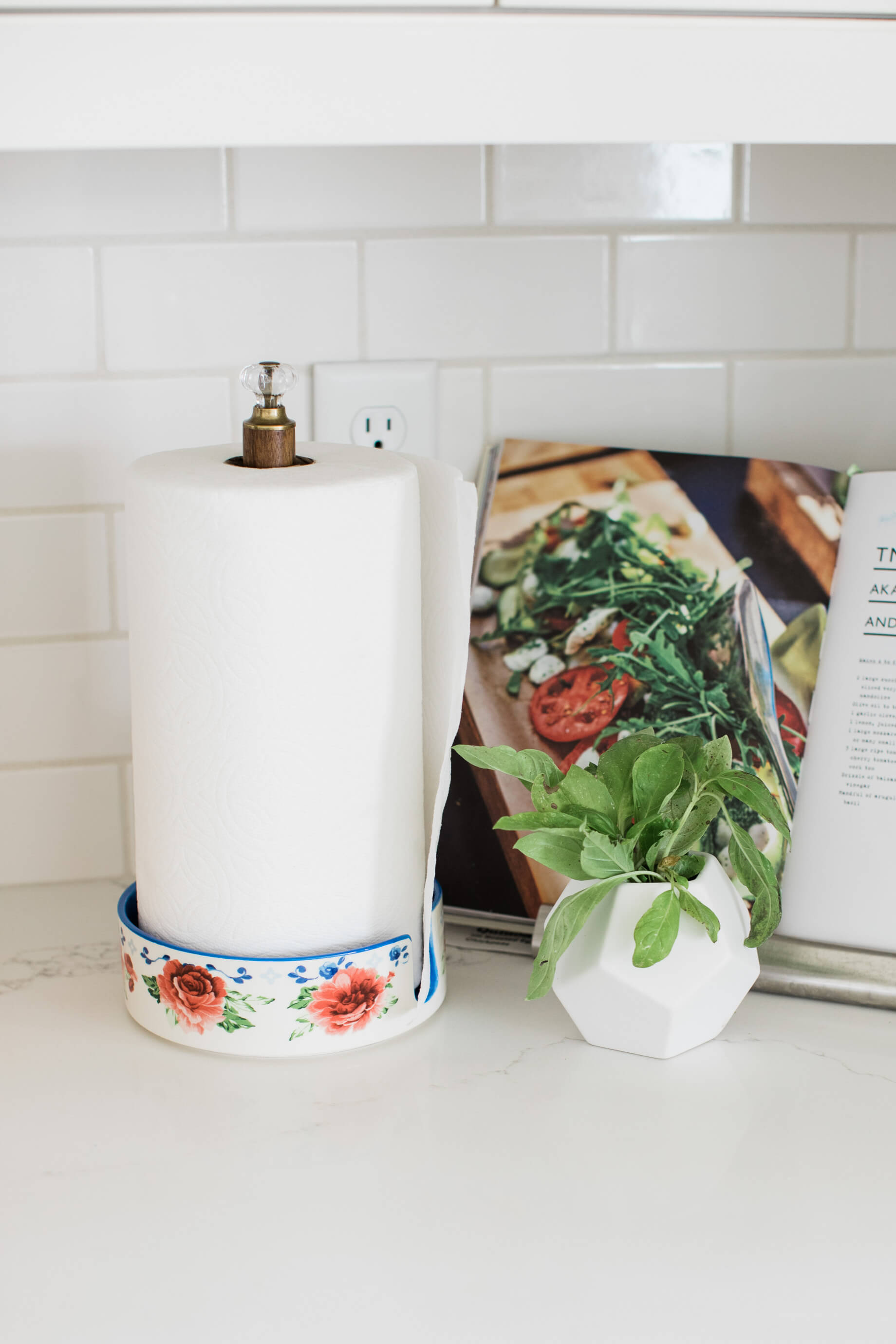 want to know a simple kitchen upgrade? try replacing your paper towel holder! - M Loves M @marmar