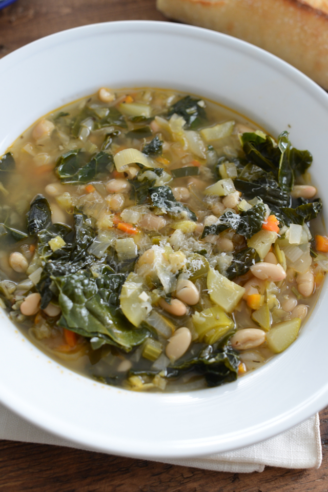 tuscan white bean and vegetable soup via M Loves M @marmar