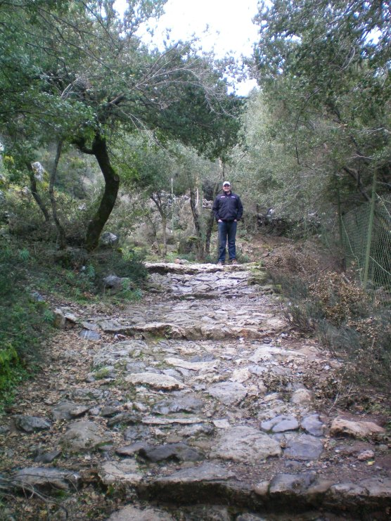 hiking to a cave in crete!