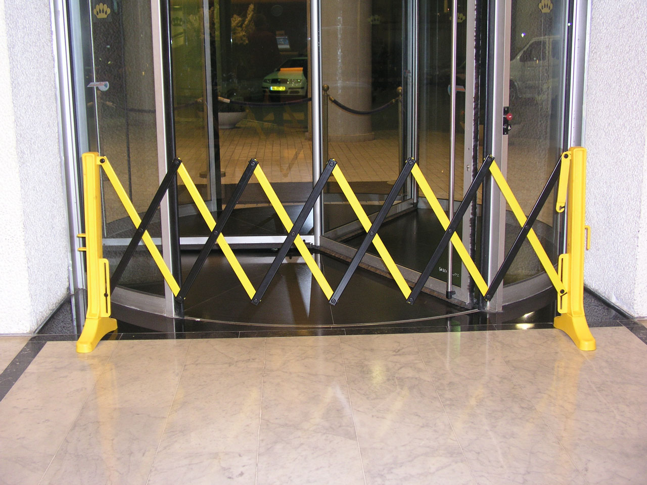 Xpandit Portable Barrier