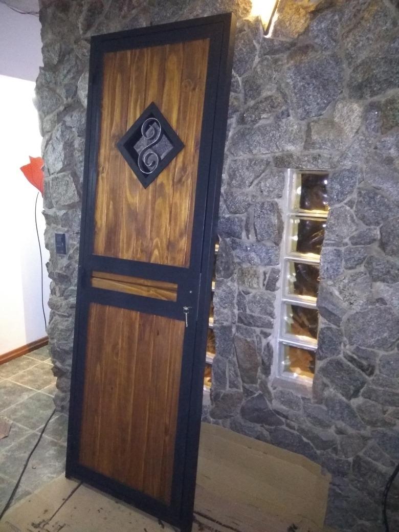 Puerta Hierro Y Madera   600000 en Mercado Libre
